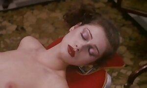 Mamie avec de gros seins films pornos gratuits francais baisée par Gode