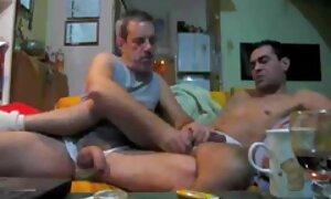 Blonde chaude à la chatte sexe porno gratuit français rasée se masturbe