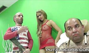 Angeles Sid en les film porno français culotte rouge et soutien-gorge
