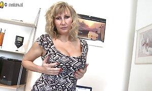 Gros vidéo porno française en streaming seins naturels blonde